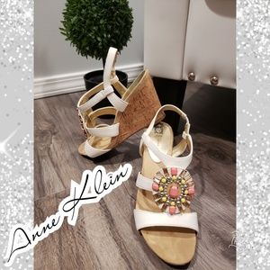 BEAUTIFUL wedges! Anne Klein white embellished